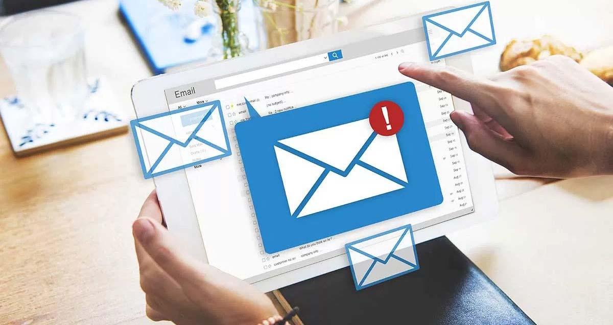 newsletter-sms-whatsapp-come-sfruttare-strumenti-marketing